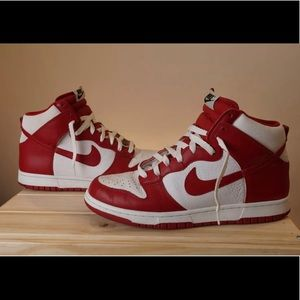 Nike Dunk High Chicago Varsity Red